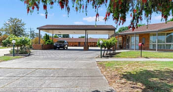 Motel Business in Broadford