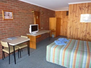 Motel  business for sale in Peak Hill - Image 2