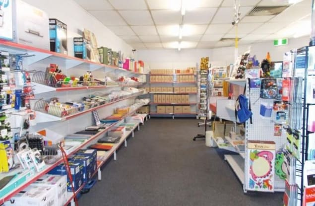 Retail business for sale in Moura - Image 3