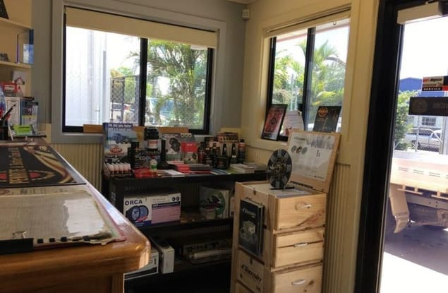 Automotive & Marine business for sale in Emerald - Image 3