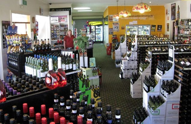 Retail business for sale in Noble Park - Image 1