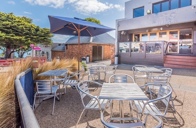 Food, Beverage & Hospitality business for sale in Cowes - Image 3
