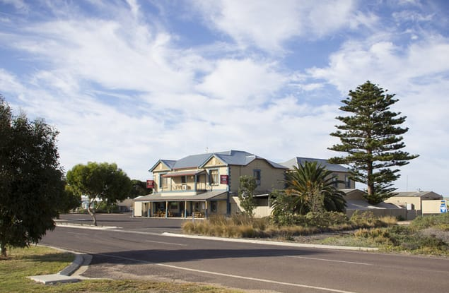 Hotel business for sale in Arno Bay - Image 3
