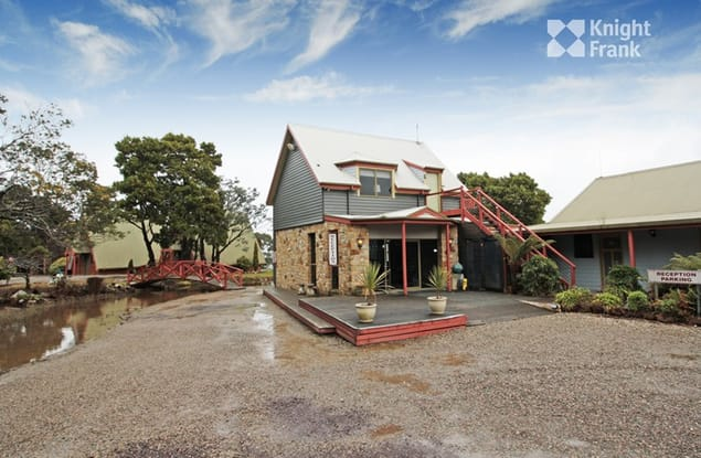 Motel business for sale in Strahan - Image 3
