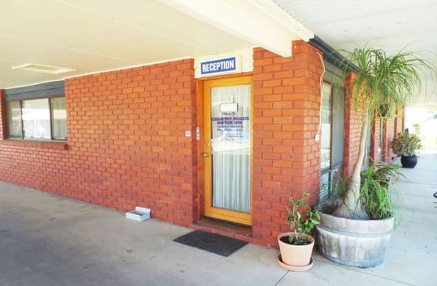 Motel business for sale in Warracknabeal - Image 2