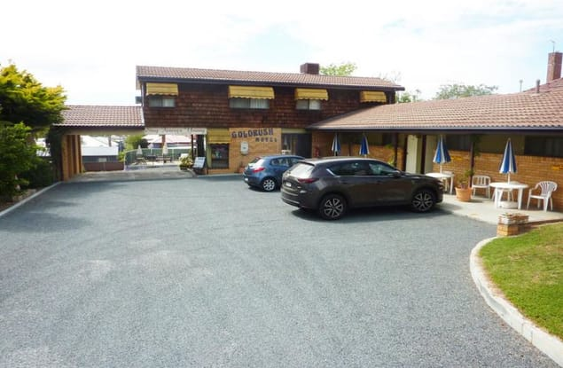 Motel business for sale in Young - Image 1