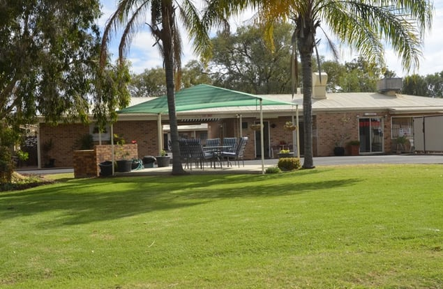 Motel business for sale in Charleville - Image 1