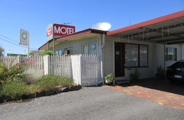 Motel business for sale in Mitchell - Image 1