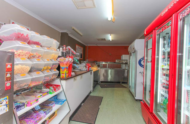 Food, Beverage & Hospitality business for sale in Narrandera - Image 3