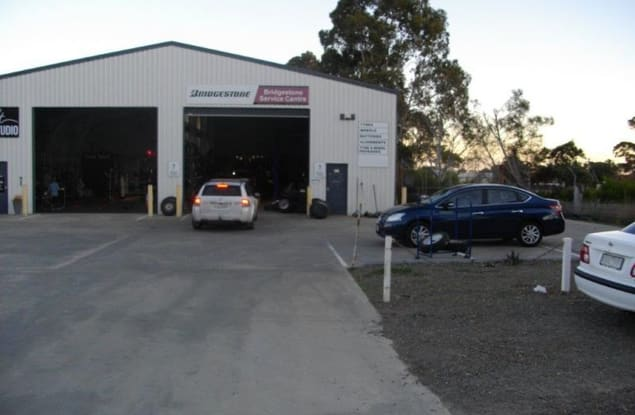 Automotive & Marine business for sale in Lakes Entrance - Image 2