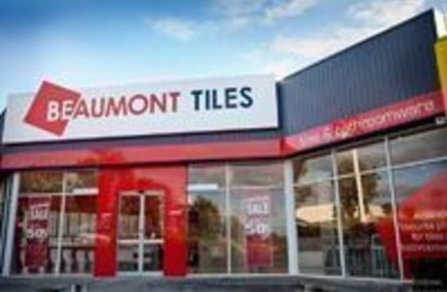 Retail business for sale in Gladstone Central - Image 2