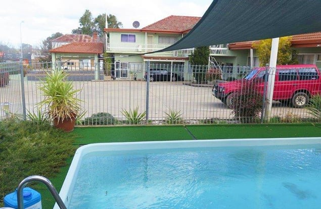 Motel business for sale in Cowra - Image 1