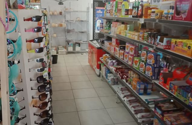 Retail business for sale in Coolangatta - Image 3