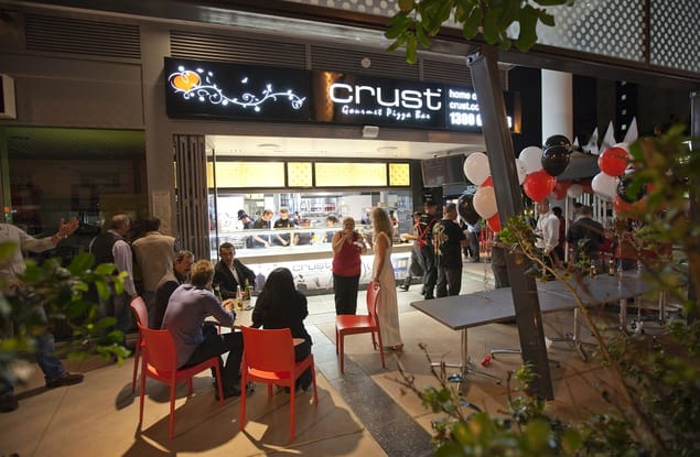 Crust Gourmet Pizza Byron Bay franchise for sale - Image 1