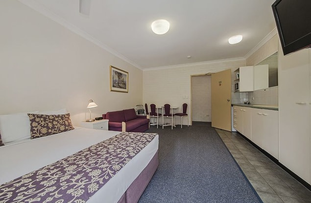 Motel business for sale in Toowong - Image 3