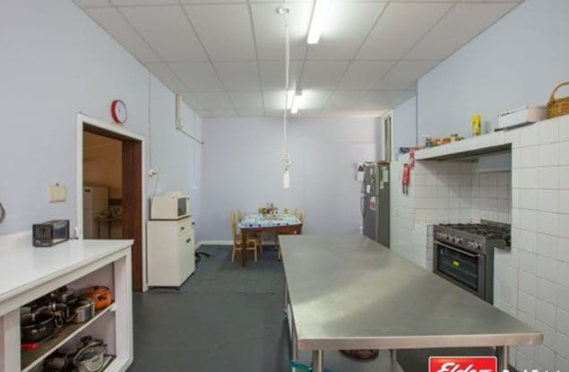 Guest House / B&B business for sale in Collie - Image 2