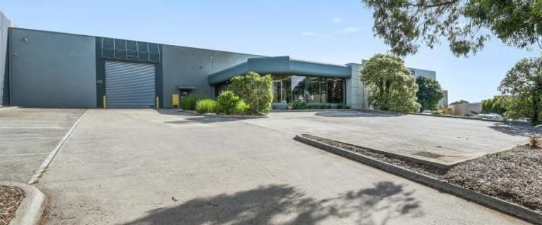 Factory, Warehouse & Industrial commercial property for lease at 42 Overseas Drive Noble Park North VIC 3174