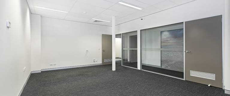 Offices commercial property for lease at 16 Weippin Street Cleveland QLD 4163
