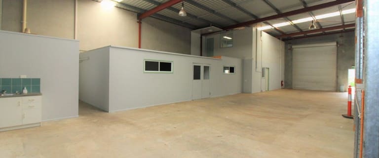 Showrooms / Bulky Goods commercial property for lease at 17/489-491 South Street Harristown QLD 4350