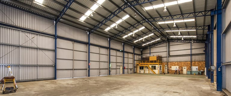 Industrial / Warehouse commercial property for lease at 96-98 Poole Street Welshpool WA 6106