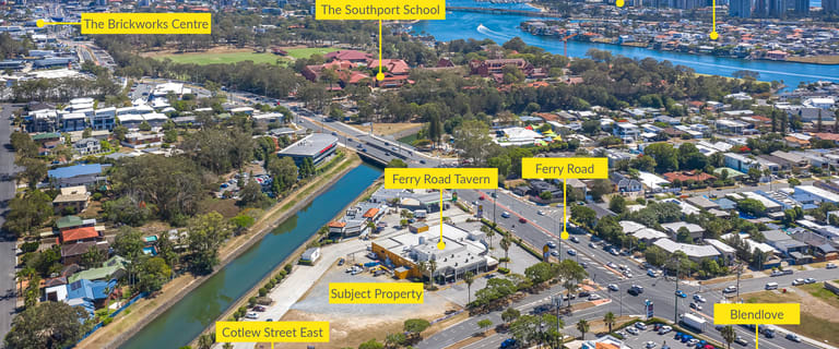 Showrooms / Bulky Goods commercial property for lease at 201 Ferry Road Southport QLD 4215