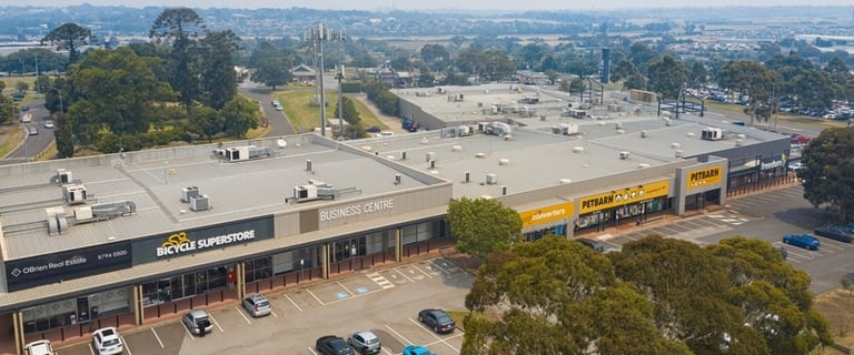 Showrooms / Bulky Goods commercial property for lease at Shop 5/32 Overland Drive Narre Warren VIC 3805