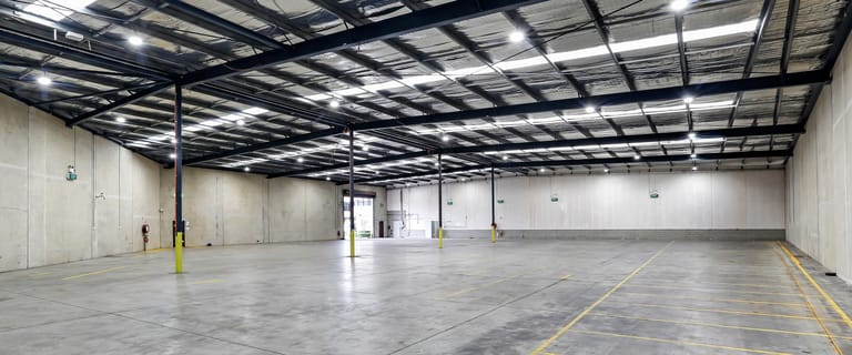 Showrooms / Bulky Goods commercial property for lease at 2/19 Chifley Street Smithfield NSW 2164