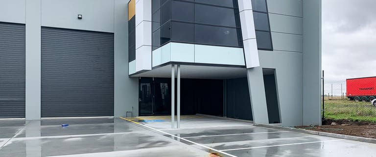 Factory, Warehouse & Industrial commercial property for lease at 2/33 Industrial Circuit Cranbourne West VIC 3977