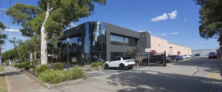 Showrooms / Bulky Goods commercial property for lease at 42-46 Cochranes Road Moorabbin VIC 3189