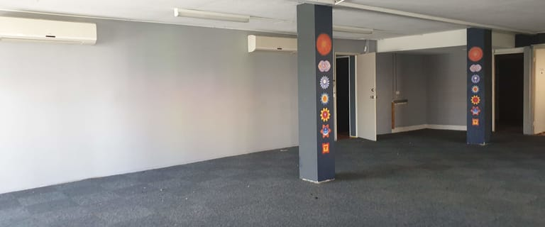 Showrooms / Bulky Goods commercial property for lease at 130 Scarborough Road Southport QLD 4215
