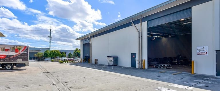 Factory, Warehouse & Industrial commercial property for lease at 31 Meakin Road Meadowbrook QLD 4131