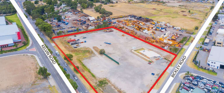 Factory, Warehouse & Industrial commercial property for lease at 558 Bickley Road Maddington WA 6109