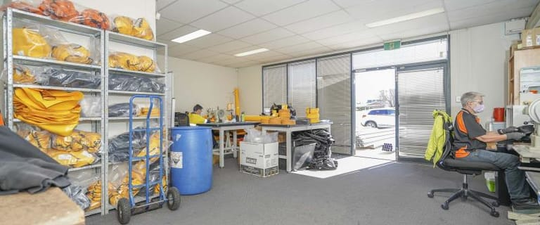 Factory, Warehouse & Industrial commercial property for lease at Unit 2/17 Adrian Street Welshpool WA 6106
