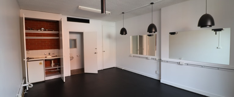 Showrooms / Bulky Goods commercial property for lease at 6/11 Railway Grove Mornington VIC 3931