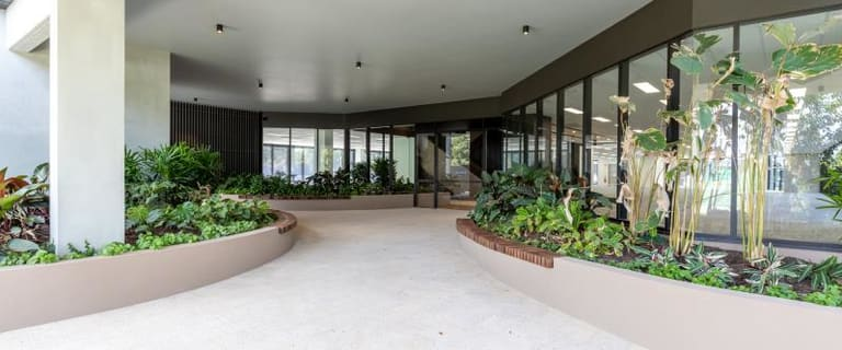 Medical / Consulting commercial property for lease at 385 Macarthur Avenue Hamilton QLD 4007