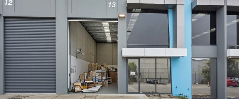 Showrooms / Bulky Goods commercial property for lease at 13/120 Talinga Road Cheltenham VIC 3192