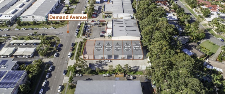 Industrial / Warehouse commercial property for sale at Arundel QLD 4214