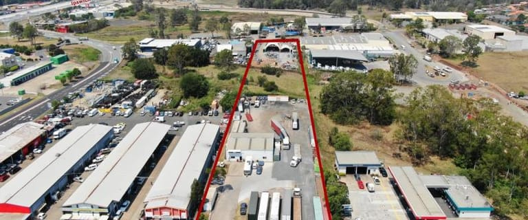 Industrial / Warehouse commercial property for sale at 86 Blunder Road Rocklea QLD 4106