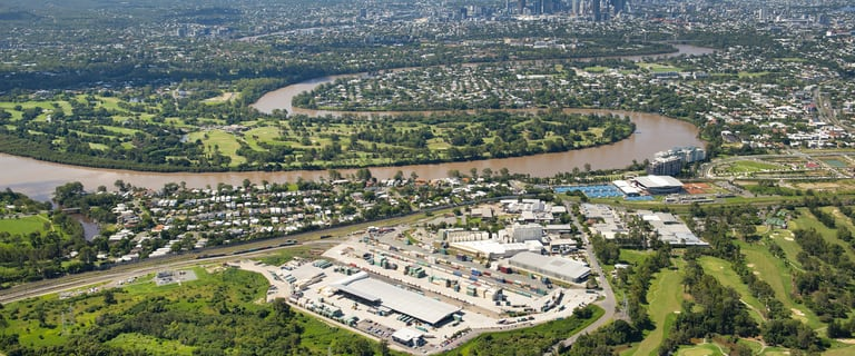 Industrial / Warehouse commercial property for sale at 75 Curzon Tennyson QLD 4105