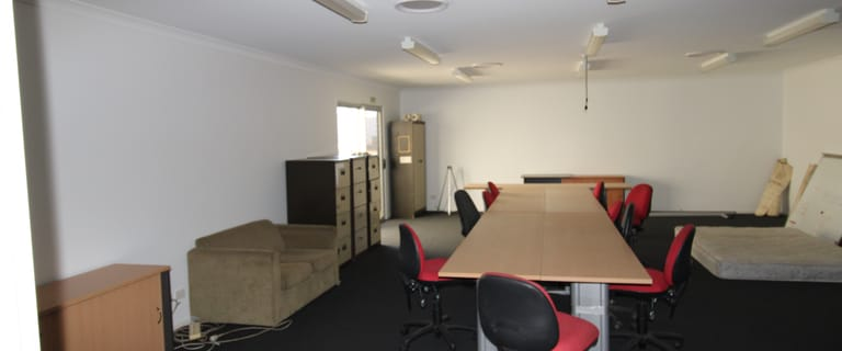 Shop & Retail commercial property for sale at 32 Hawkins Place Emerald QLD 4720