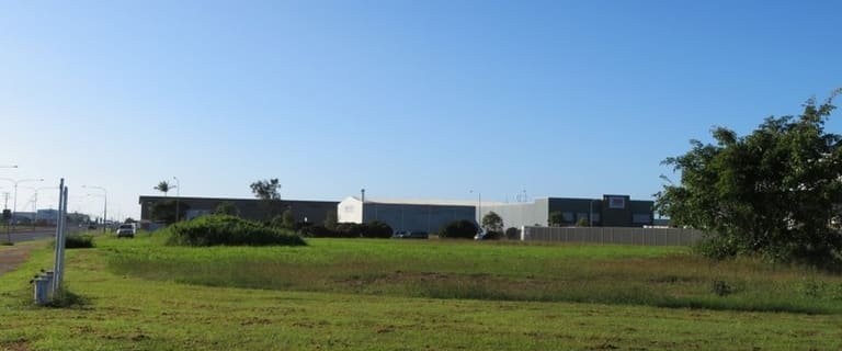 Factory, Warehouse & Industrial commercial property for sale at 2 Caterpillar Drive Paget QLD 4740