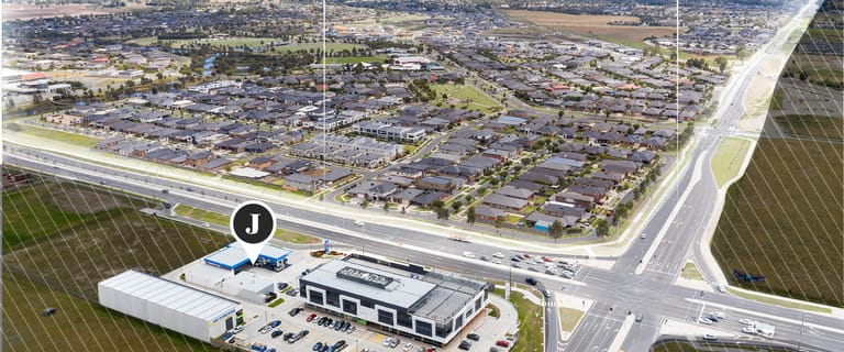 Shop & Retail commercial property for sale at 1050 Thompsons  Road Cranbourne West VIC 3977