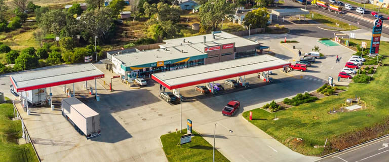 Factory, Warehouse & Industrial commercial property sold at 10810 Warrego Highway Toowoomba QLD 4350