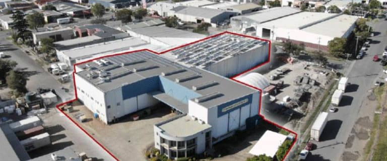 Factory, Warehouse & Industrial commercial property for sale at 83 Medway Street Rocklea QLD 4106