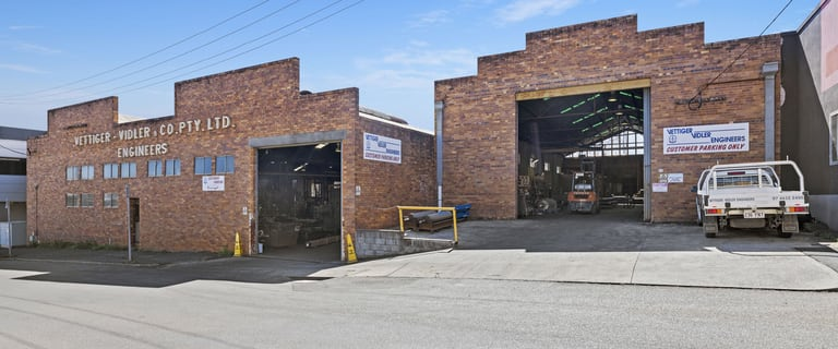 Showrooms / Bulky Goods commercial property for sale at 11-13 Laurel Street Toowoomba QLD 4350
