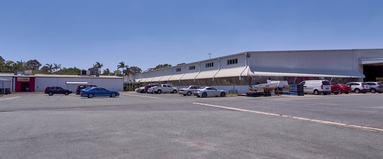 Showrooms / Bulky Goods commercial property for lease at 30 North Road Hemmant QLD 4174