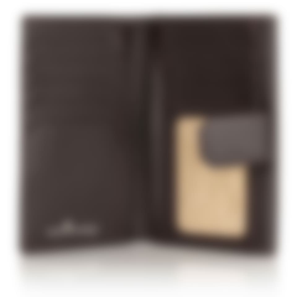 Malvern leather purse open