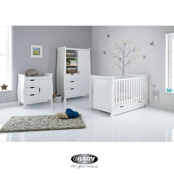Stamford Classic Three Piece Room Set