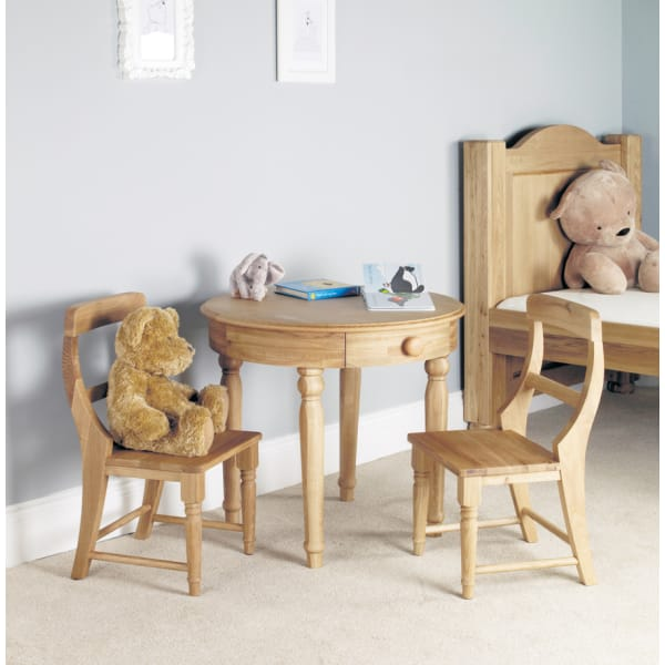 Moppet Oak Play Table and two Chairs