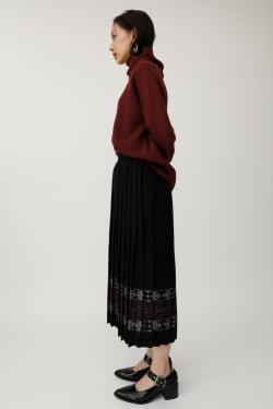 PATTERN PLEATS skirt